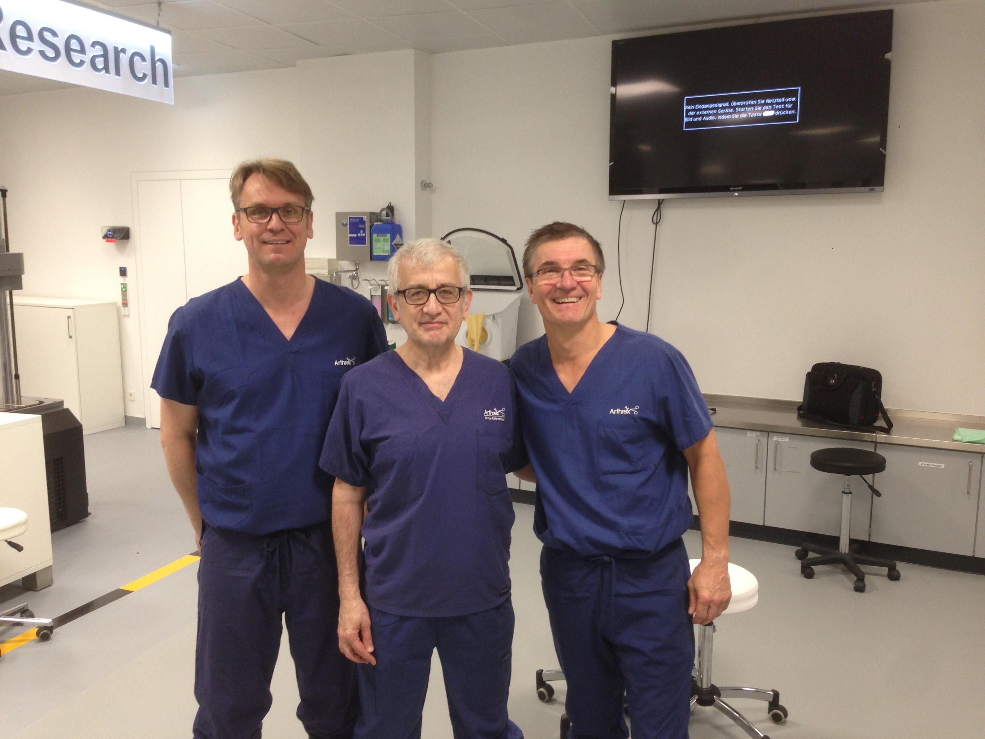 bei Arthrex in Freiham – Prof  Dr  med  Vladimir Martinek